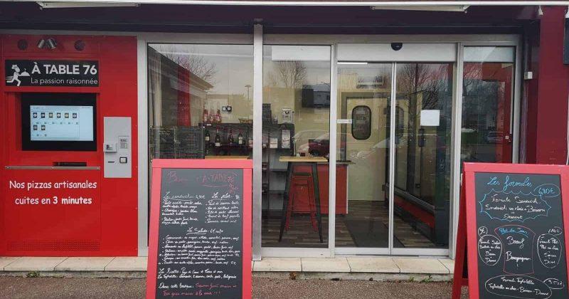 Devanture À Table 76 restauration en click and collect à Rouen